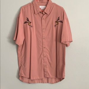 Men's pink UO bee button up